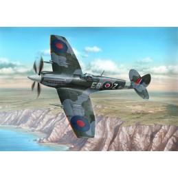1:48 Supermarine Spitfire...
