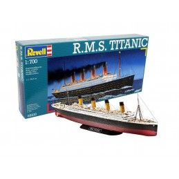 1:700 R.M.S. Titanic
